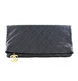 CHANEL Leder-Clutch 1765,00€